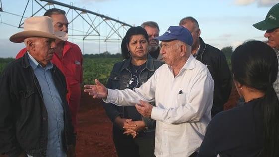Machado Ventura anda por el Oriente cubano inventando y orientando con los cuentapropistas