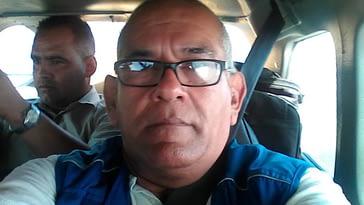 Última foto del periodista Singh castillo en su auto
